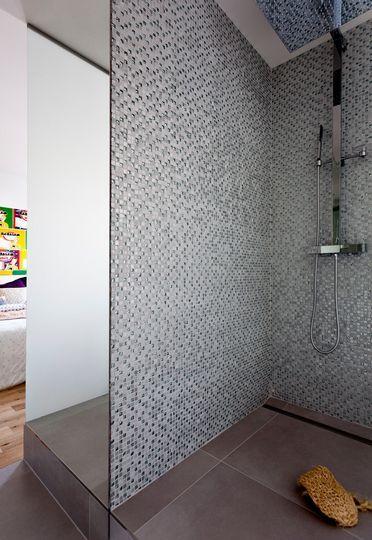 Plus de 1000 id es propos de douches ext rieures et a l 39 italienne sur pinterest tuile Salle de bains les idees qu on adore