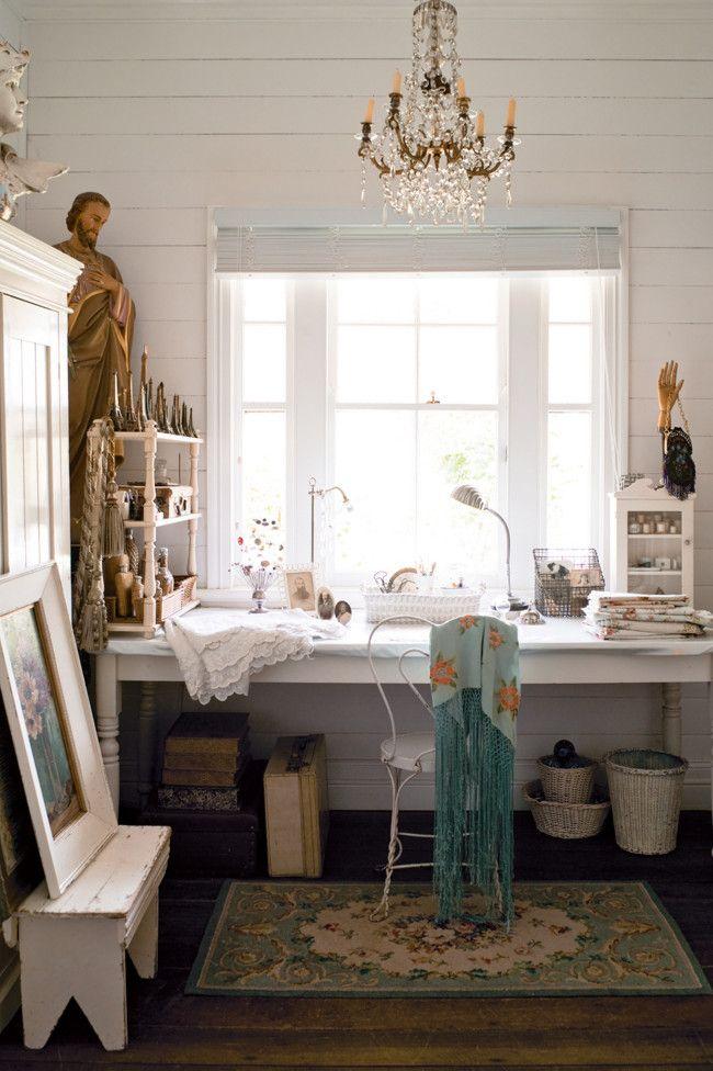 The House Full Of Vintage Collections // Къщата пълна с всякакви винтидж колекции