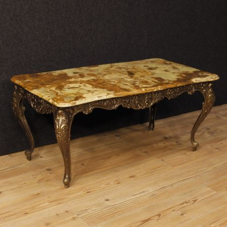 1100€ French coffee table in iron with onyx top. Visit our website www.parino.it #antiques #antiquariato #furniture #antiquities #antiquario #coffeetable #lacquered #table #tavolo #golden #gold #decorative #interiordesign #homedecoration #antiqueshop #antiquestore #livingroom #iron #onyx