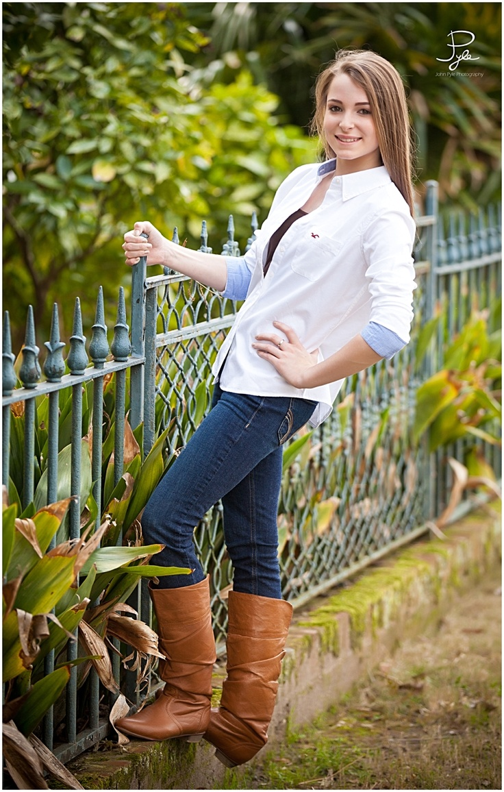 Hollister Button Down Jeans Boots Photo Shoot Ideas