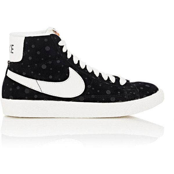 "Nike Women's ""Blazer Vintage\"" Sneakers ($39) ❤ liked on Polyvore featuring shoes, sneakers, black, vintage sneakers, black leather sneakers, black leather shoes, black sneakers and nike shoes"