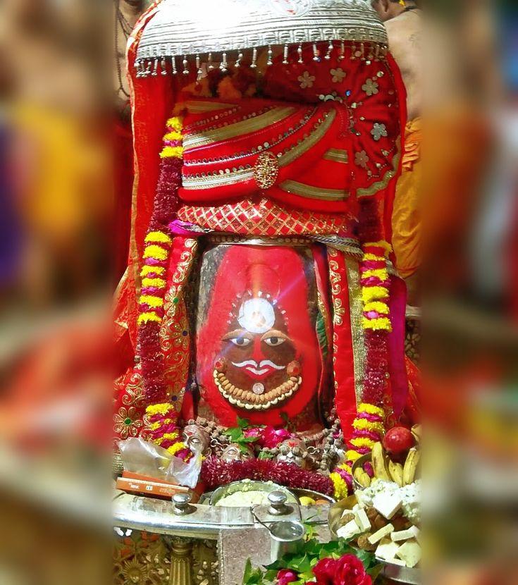 Jan. 02 - #Bhasma #Aarti pic of Shree #Mahakal #Ujjain  #god #shiv #shiva #shivay #bholenath #mahadev #mahakaleshwar #jyotirling #jaibholenath #jaimahakal #om #omnamahshivay #harharmahadev #ॐ #महाकाल #भस्म #आरती #शिव #महाकालेश्वर #उज्जैन #mptourism #madhyapradesh #tourism #travel #incredibleIndia