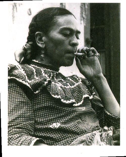 Frida smoking by tina modotti