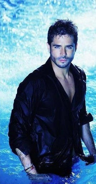 Jose Ron-and friends womder why I watch novelas, CHINGOW!!!!!  ;)