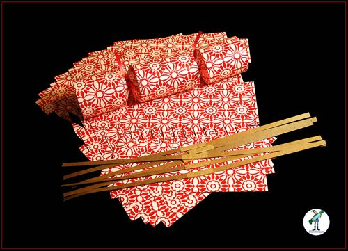 DIY - Make your own Christmas crackers kit - 'red and cream' design
