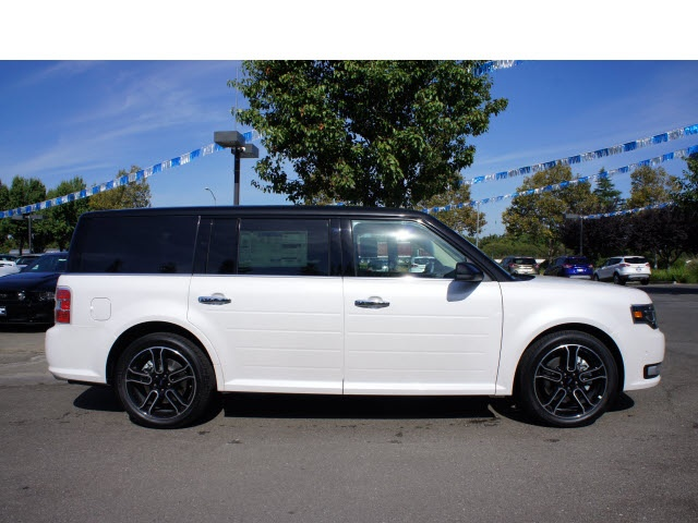Ford Flex Limited W Ecoboost Suv Loaded With Ultimate Features Like