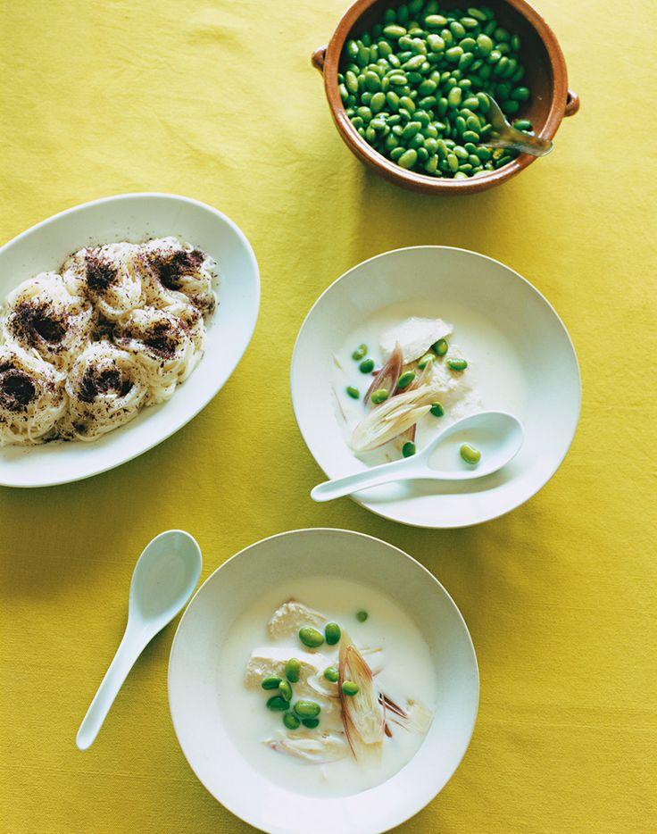 【SPUR】枝豆と豆乳のスープ - 今月のスープ | vol. 07 | 長尾智子の「ごちそうは、ひと皿のスープ」