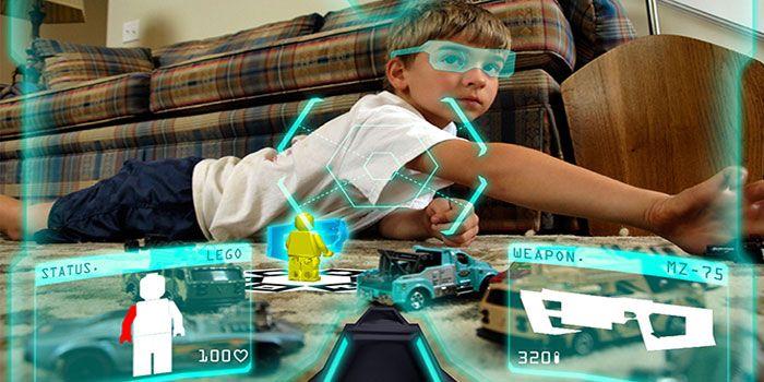 Eğitimde Kullanılan Artırılmış Gerçeklik Teknolojileri    Teknolojinin eğitim hayatında kullanımını oldukça yaygınlaştı.  Artırılmış