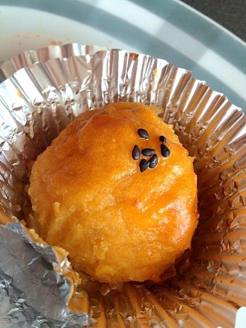 安納芋を頂いたので贅沢にもスイートポテトにヾ(●'`●)ノ - 7件のもぐもぐ - スイートポテト by Chikin28
