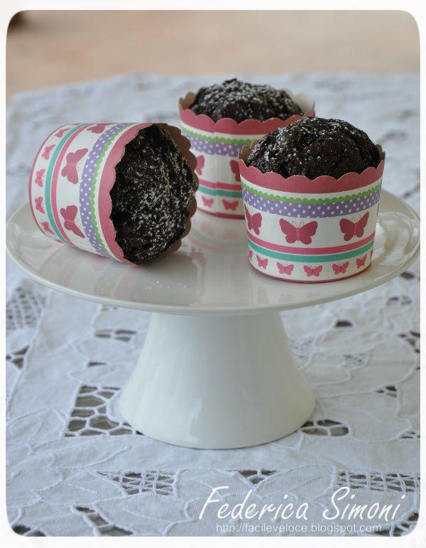 Muffin al cacao sofficissimi http://facileveloce.blogspot.it/2015/01/muffin-al-cacao-sofficissimi.html