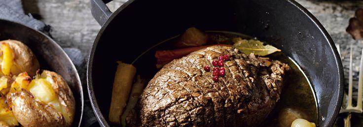 Hemkop.se   Söndagsstek med pressgurka och rårörda lingon