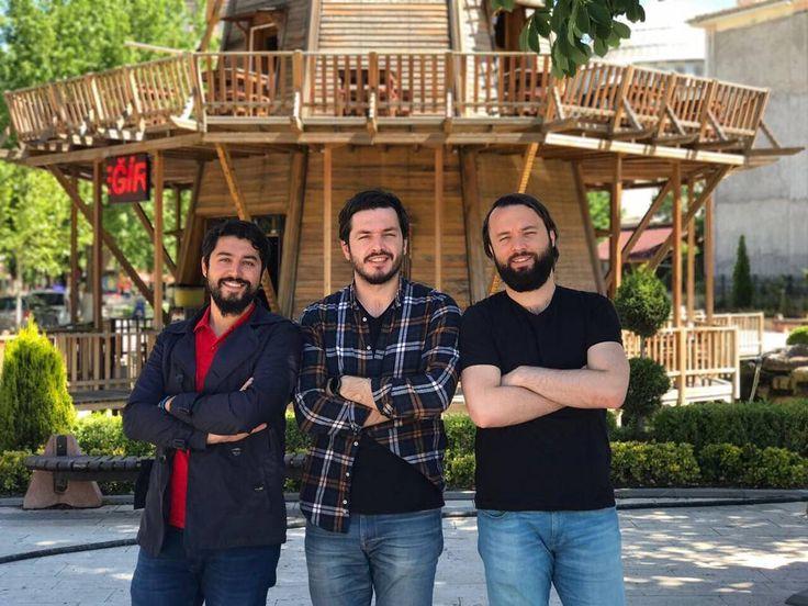 Allah'ım bizi müsait bir yerde hayırlısına bırak dedik ve sonunda Malatya'dayız, Kanalboyu caddesi Mado Karşısı  Ortaköy Waffle Cafe'de sizi bekliyoruz.�� İletişim: 0533 417 33 41  Ulaşamayanlar için: : 0553 552 14 44 : 0537 955 41 11 : 0538 596 38 18 . . . . #video #hayalhanem#mersin#kitap #kahve #çay #sohbet #muhabbet #müzik #instagram #facebook #felsefe #komik #karikatür #mizah #şiirsokakta #şiir #istanbul #ankara #izmir #tb#vsco #book #bookstagram #okumak #allah #iman #ayet #edebiyat…