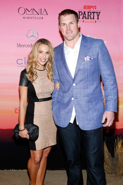 Jason Witten Photos Photos - Michelle Witten (L) and NFL player Jason Witten attend ESPN the Party at WestWorld of Scottsdale on January 30, 2015 in Scottsdale, Arizona. - ESPN The Party - Arrivals