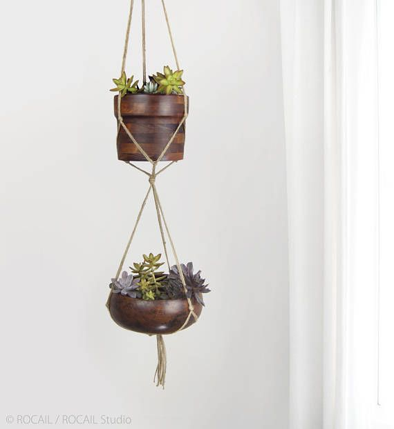 Hang your favorite plants and pots with this double minimalist hanger perfect for hanging planter or vertical indoor garden