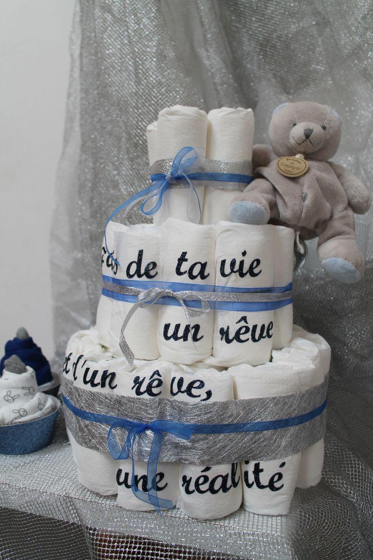 Un gâteau de couche avec une citation de Saint Exupéry! crée par Mon plus bel évènement