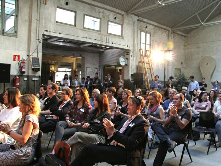 """Presentación del libro """"TÚ ERES DIOS"""" en Impact Hub Madrid."""