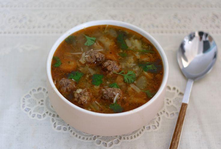 Home made groentesoep om van te genieten tijdens koude dagen. Mmm #homemade #soep