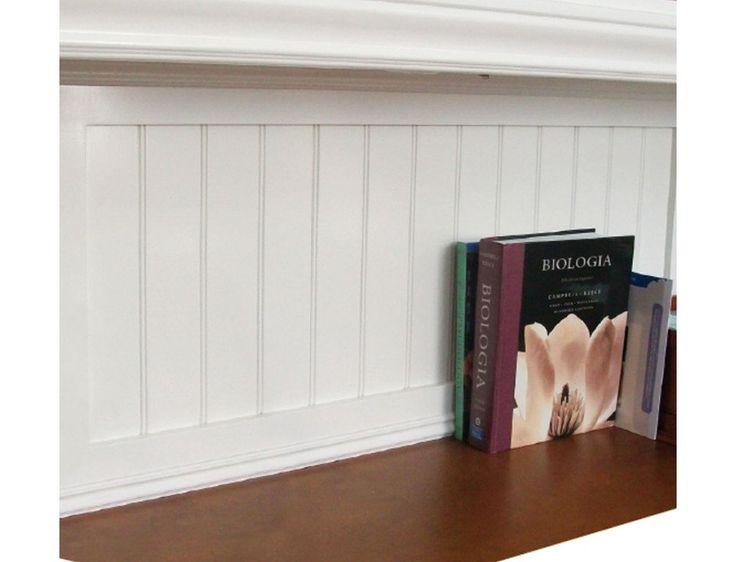 Tablero contrachapado ranurado de Pino Radiata, ideal para usos decorativos en interiores y exteriores.