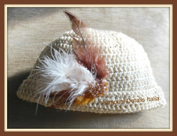cappello Amorini Details