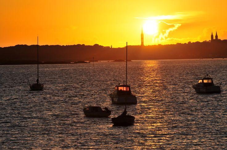 Bonheur et détente près de notre résidence du Golf ! Panorama d'un coucher de soleil sur la mer !