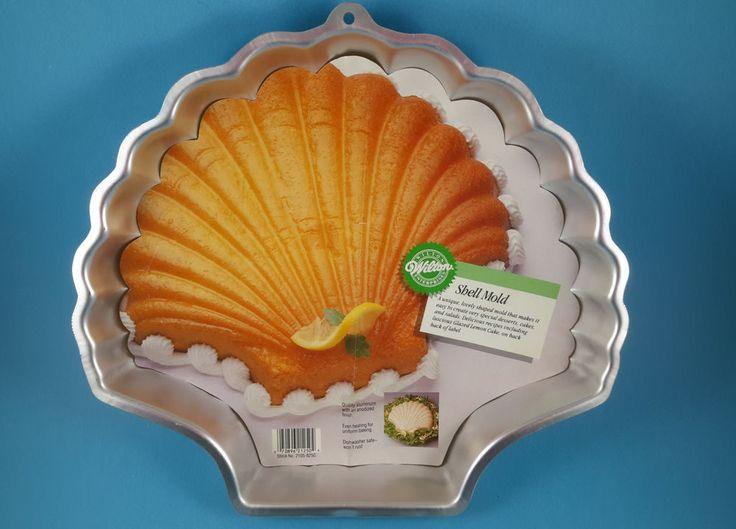 Wilton D Cake Pans