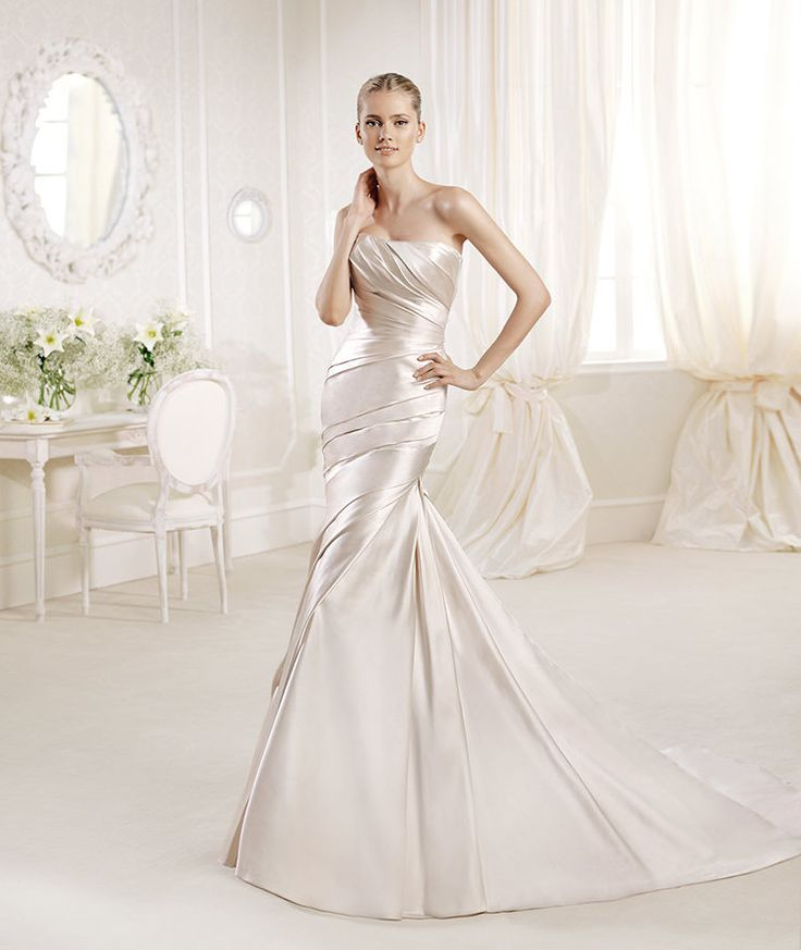 La Sposa presents Fanal style from Glamour 2014 Collection. | La Sposa