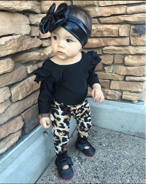 New 2017 baby girl clothes newborn cotton baby clothing long sleeve t-shirt+pants infant 2PCS sets cute kids clothes