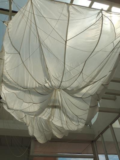 Toile de parachute.