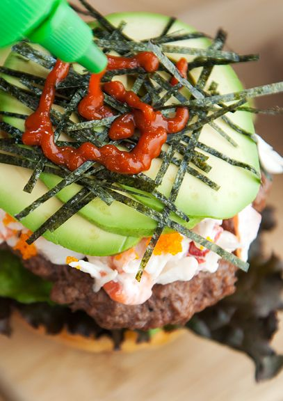 ... California Rolls, Burger Recipes, Burger California, Burgers