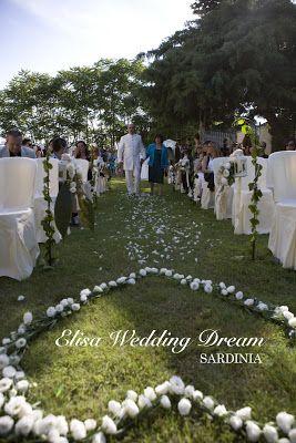 Flower Heart| Wedding Details http://elisaweddingdream.blogspot.it/2012/12/real-wedding-sonia-e-pierpaolo.html