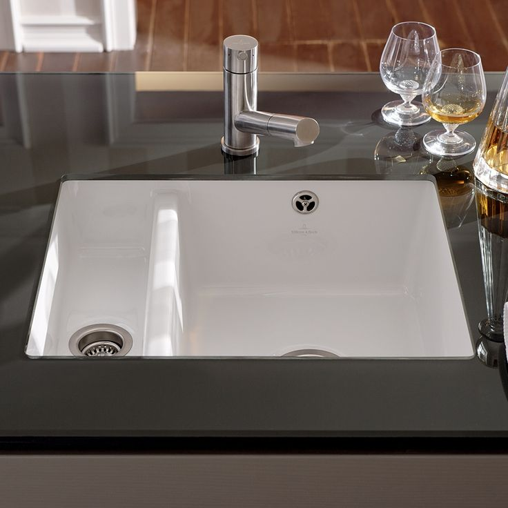 Villeroy & Boch Subway Xu 1.5 Bowl White Ceramic Kitchen Sink & Waste - Villeroy & Boch from TAPS UK