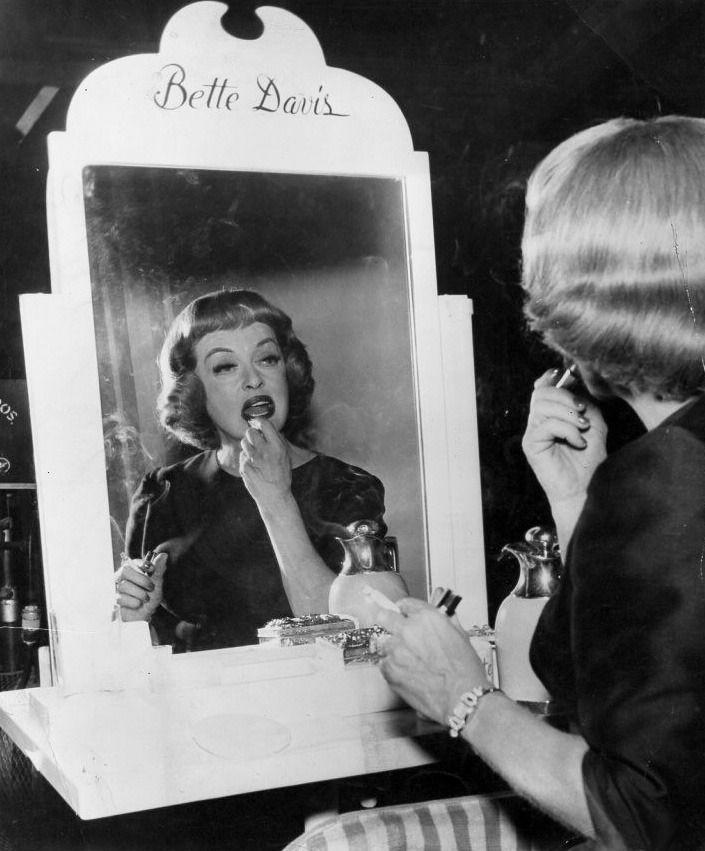 Bette on the set of Dead Ringer (1964)