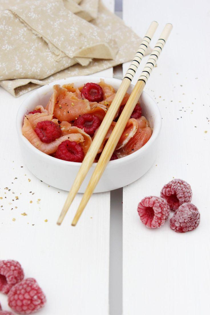 """Marinade de truite fumée à la mandarine et aux framboises By 16 août 2016 Ingredients Truite fumée de France Ovive - 200 g Huile d'olive - 3 c.s. Jus de citron - 4 c.c. Vinaigre au jus de Mandarine (Clovis) - 4 c.c. Poivre au citron - 1 c.c. Piment - 1 c.c. Framboises fraiches  …  <a class=""""cp-read-more"""" href=""""http://www.delice-celeste.com/marinade-truite-fumee-mandarine-framboises/"""">Continuer la lecture <span class=""""meta-nav"""">→</span></a>"""