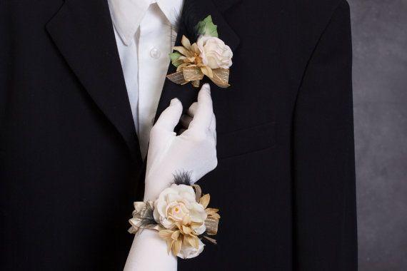 Bracelet de fleurs fleur à la boutonnière par lechoixdelamariee