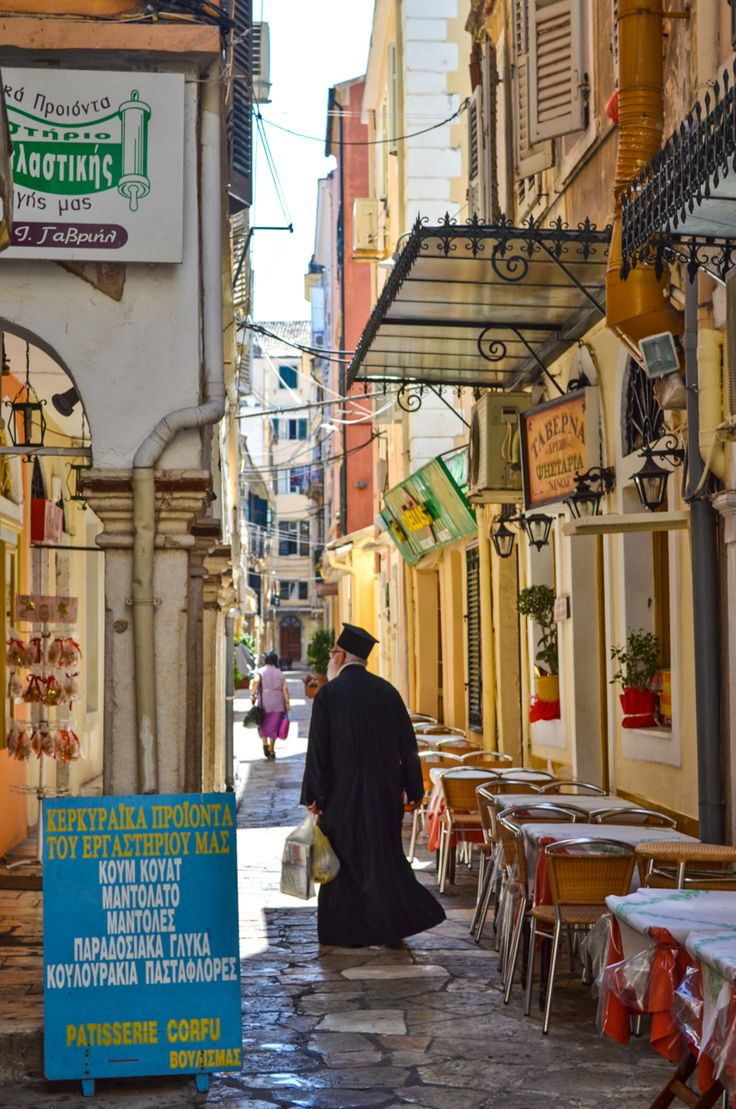 The narrow streets of Corfu Town, Greece #traveltoGReece