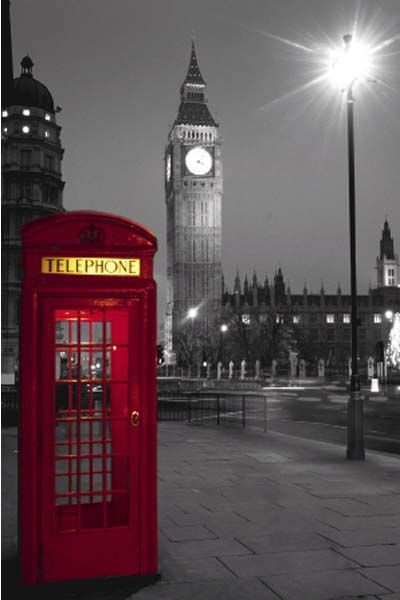 London phone box with Big Ben in the background