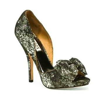 Badgley Mischka Women's Mable Black Metallic Pumps. Get the must-have pumps of this season! These Badgley Mischka Women's Mable Black Metallic Pumps are a top 10 member favorite on Tradesy. Save on yours before they're sold out!
