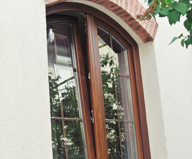 Fereastra din lemn stratificat \ Laminated wood window