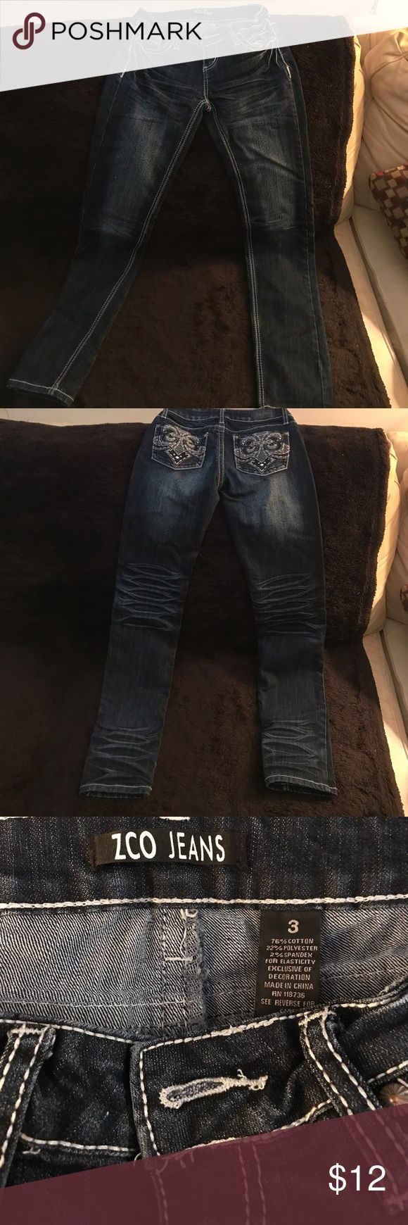 Zco jeans size 3 Juniors denim jeans size 3. They are in very good condition. ZCO Jeans Straight Leg