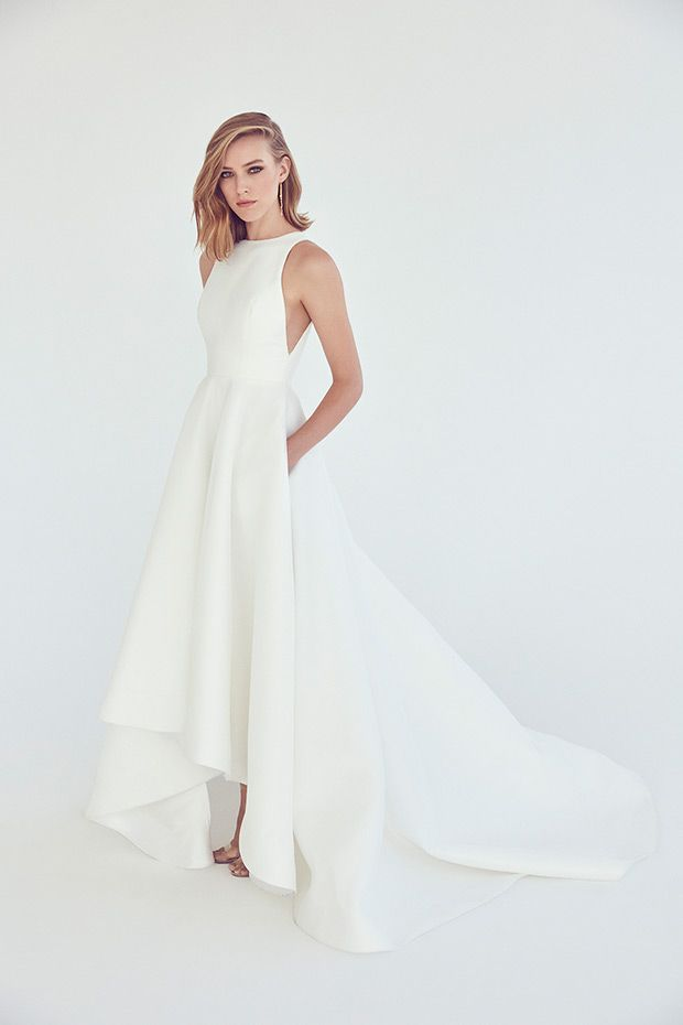 Solar Gown from Suzanne Harward wedding dresses 2017 – High raglan neckline. Ful…
