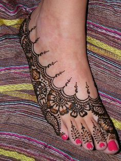 Eid Mehndi Collection 2017 for Girls Feet