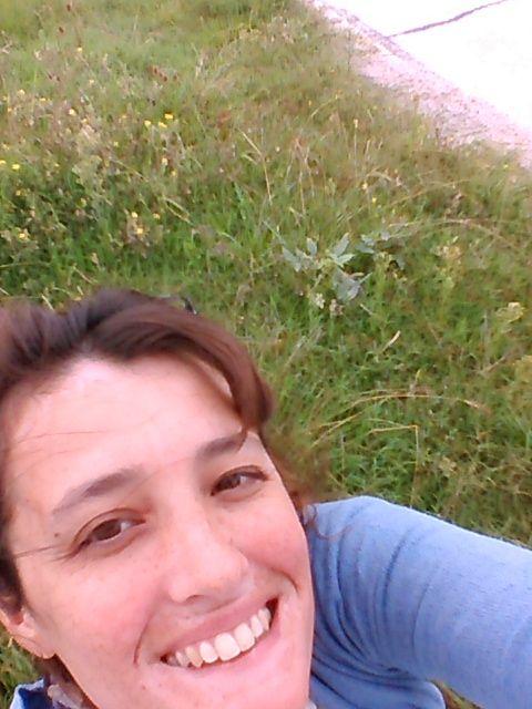 selfie con campo en picada