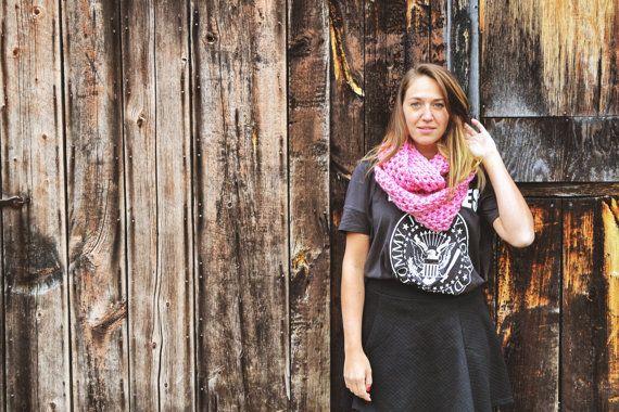 Foulard Infini Rose  Pink infinity scarf par echarpesetbelles, 25,00$