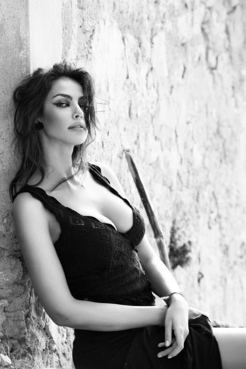 Madalina Diana Ghenea 01