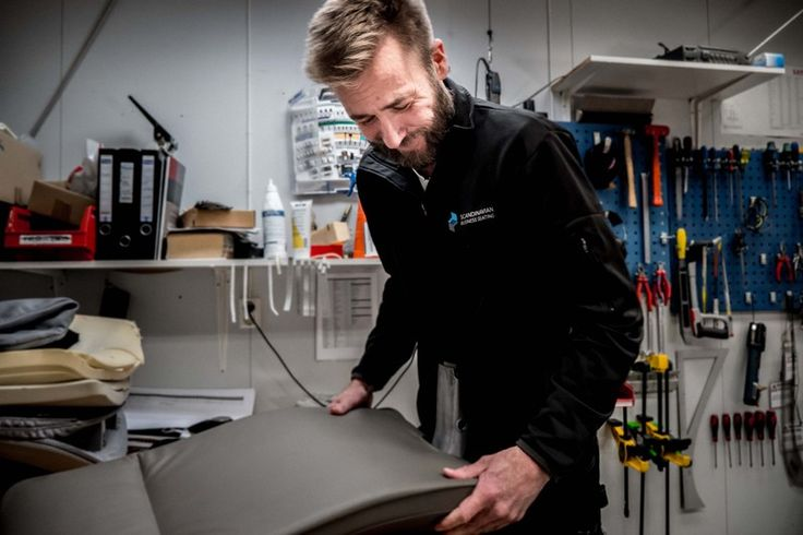 HÅG Tribute Photoshoot in Røros' factory #craftmanship #InspireGreatWork #Scandinavian #design