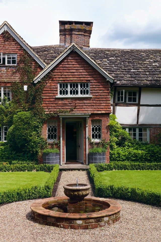17 best images about english cottages on pinterest gardens house design and cottages - The writers cottage inspiration by design ...
