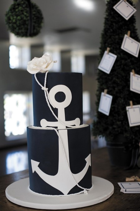 Nautical Wedding Inspiration     Nautical Cake Anchor