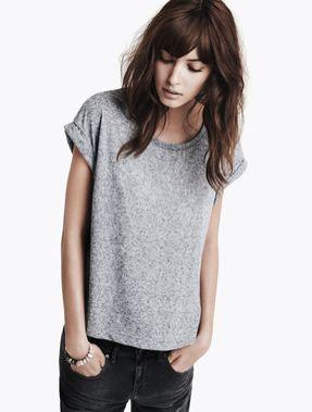 : Grey Shirt, Casual Style, Hair Colors, Grey T Shirts, Gray Tees, Grey Tees, Hair Bangs, Basic Grey, Tshirt