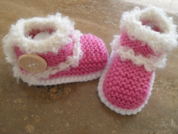 Knitted Baby Girl Booties/Boots  Size 6 to 9 от MarilynsCreation, €10.00