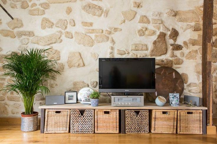 Un meuble télé simple et efficace